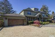 71 Tanners Neck Ln Westhampton NY, 11977