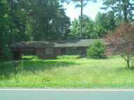 4271 S Robeson Rd Rowland NC, 28383