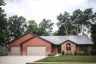 2714 Red Fox Ln Manitowoc WI, 54220