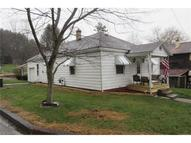 496 Neighbor St Newcomerstown OH, 43832