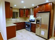 11 Tollgate Dr East Northport NY, 11731
