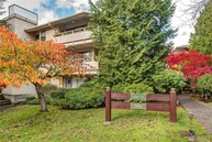 7930 Se 34th St  Unit 401 Mercer Island WA, 98040