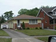 5264 Theodore St Maple Heights OH, 44137