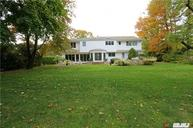 39 Shelter Ln Roslyn Heights NY, 11577