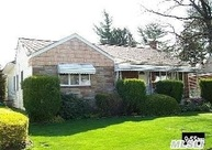 160 Clearmeadow Dr East Meadow NY, 11554