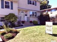 3144 Jeffries Rd Levittown NY, 11756