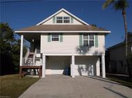 125 Curlew St Fort Myers Beach FL, 33931