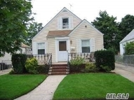 76-30 266th St New Hyde Park NY, 11040
