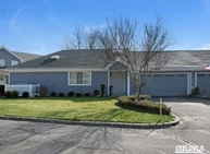 209 River Dr Moriches NY, 11955