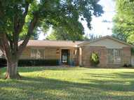 2011 Nw 11th Ardmore OK, 73401