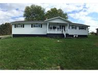 224 Kings Dr Steubenville OH, 43952