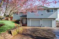 1070 Crescent Dr Nw Salem OR, 97304