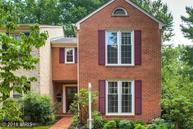 6607 Rosecroft Place Falls Church VA, 22043