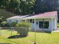 624 Suds Run Road Mount Clare WV, 26408