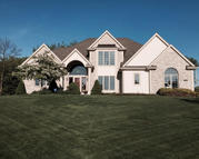 W260n2824 Steeplechase Dr Pewaukee WI, 53072