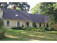 10 Old Farm Road Kittery ME, 03904