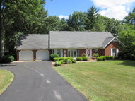258 Countryside S Dr Ashland OH, 44805