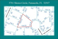 5701 Shores Cir Pensacola FL, 32507
