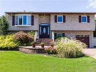 5 Bryans Ct West Islip NY, 11795