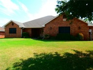 2209 Lakewood Drive Chickasha OK, 73018