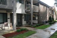 1653 S Carriage Ln 6 New Berlin WI, 53151