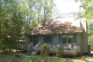 218 Canterbrook Drive Lords Valley PA, 18428