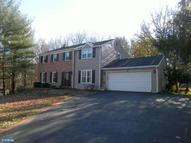 20 Colonial Cir Thornton PA, 19373
