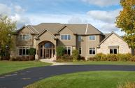 7010 W Ridgeview Dr Mequon WI, 53092
