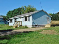 36 Puckershire Avenue Claremont NH, 03743