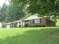 6392 South Highway 421 Mckee KY, 40447