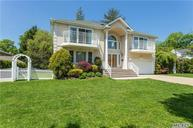 23 Plympton Ave Roslyn Heights NY, 11577