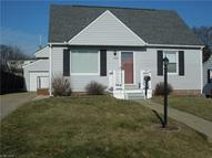 1621 32nd St Northeast Canton OH, 44714