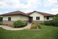 511 Brown Deer Drive Wellman IA, 52356