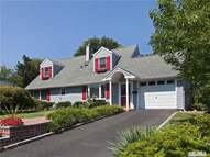 19 Collins Rd Glen Cove NY, 11542