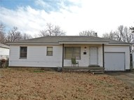 1004 Holly Lane Midwest City OK, 73110