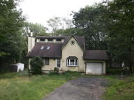 116 Hilltop Dr Dingmans Ferry PA, 18328