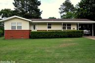 704 N Hickory Searcy AR, 72143