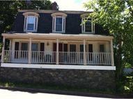 65 Government St Kittery ME, 03904