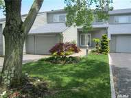 22 Harbour Dr Blue Point NY, 11715