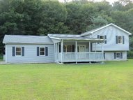 80 Newman Hollow Rd. Waverly OH, 45690