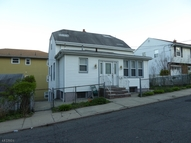 298 N 12th Pl Haledon NJ, 07508