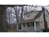 6708 Forest Hills Blvd Parma OH, 44129