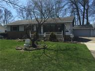 6572 Crestwood Ln Olmsted Falls OH, 44138