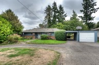 15814 10th Avenue Sw Burien WA, 98166