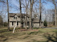 27022 Sherwood Forest Dr Waterford WI, 53185