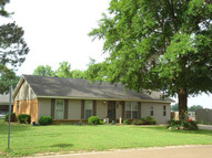 728 Woodale Forrest City AR, 72335