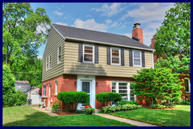 2751 N 73rd St Wauwatosa WI, 53210