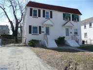223 Crum Creek Dr Woodlyn PA, 19094