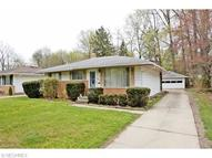 24315 Palm Dr North Olmsted OH, 44070