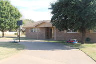 812 Holliday Plainview TX, 79072